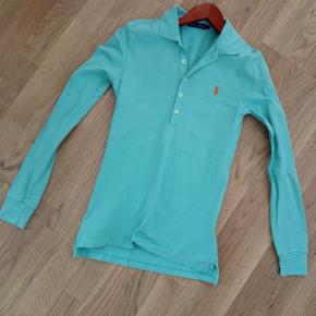 SENDES GERNE Diverse tøj og sko; bluse, , jakke. sweaters Flere køb giver rabat. ingen; pletter,huller eller fnug