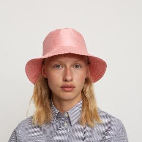 Carcel hat & hue