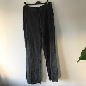 Custommade bukser  Aldrig brugt Np 1000  Mp 400 inkl fragt