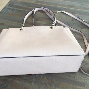 Karl Lagerfeld taske -  helt ny - 36 cm lang, 26 cm høj, 12 cm bred