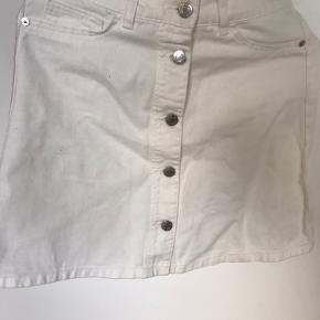 Helt ny nederdel ingen pletter
