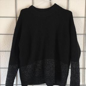 Lækker sweater fra Envii 🌸🌸  Nypris: 449,-