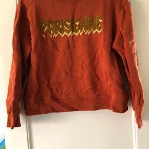 Sweatshirt fra Sofie Schnoor, lille i størrelsen