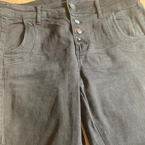 Str w 31, l 32  Fede jeans i sort fra Pulz  #30dayssellout