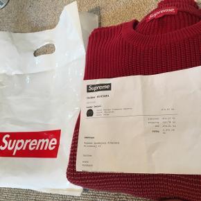 SUPREME stripe crewneck sweaterStr L Original pose og kvittering medfølger😉 Super tyk og lækker kvalitet Nypris 1371,06 kr Mp 500 Bin 800  #supreme #hypebeast #str L