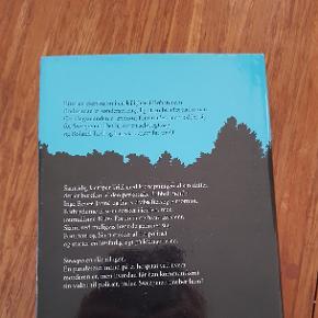 Sælger denne skønne bog. Den er læst en enkelt gang. Eksploderende skadedyr