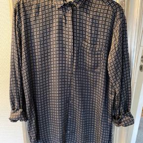 Lang skjorte fra Munthe