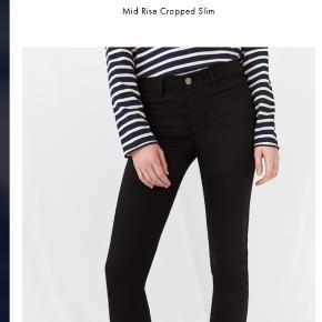 De fedeste jeans i str 26 fra MIH Jeans  - sælges kun, fordi de er lige det mindste til mig desværre. Haft dem på én gang og så vasket på skåneprogram - så faktisk er de fuldstændig som nye. God pasform og masser af stræk