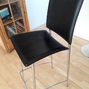 """Nye barstole, 2 stk. Kun stået til """"pynt"""". Byd"""