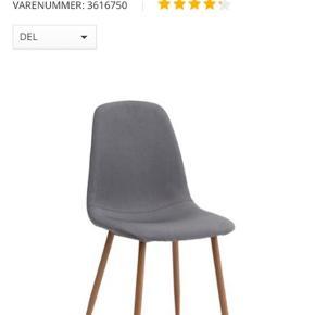 Sælger fire af disse spisestole fra Jysk af. Modellen hedder JONSTRUP og er i farven Grå/Eg.   De er brugt i et par måneder og fejler absolut intet.   Np: 1396 kr