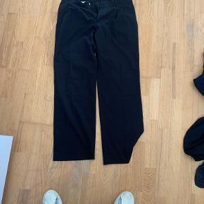Olive Clothing bukser