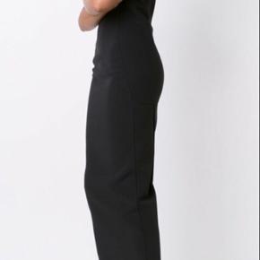 Utrolig lækker kjole fra Rick Owens, str.S Aldrig brugt. Nypris :9.998,- Sælges for 2500,-