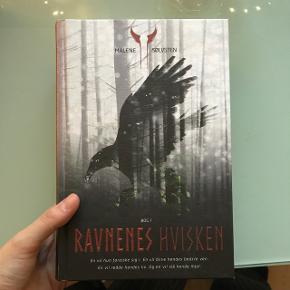 RAVNENS HVISKEN bog 1Af MALENE SØLVSTEN Hardback Aldrig læst, derfor aldrig åbnet