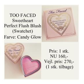 Brand: Too Faced Varetype: Sweathearts Perfect Flush Blush Farve: Candy Glow  Kun swatchet - Stadig i æske.