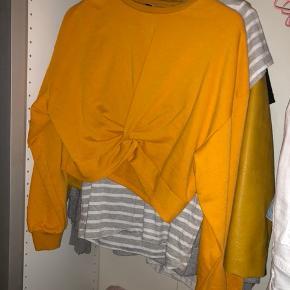 Super sød bluse fra h&m  Aldrig brugt  Byd