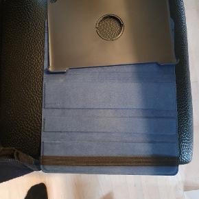 Huawei mediapad T5 10 cover sælges  Aldrig brugt Ny pris 159 kr
