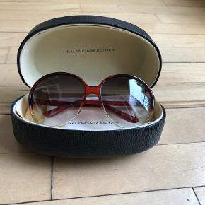 Vintage style limited edition Balenciaga sunglasses in excellent condition  *Can meet in Copenhagen upon agreement*