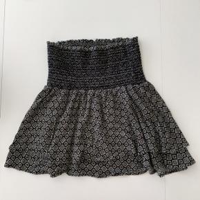Fin nederdel i størrelse XS fra Co'couture 😊