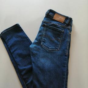 Slim jeans Diesel, Sleenker str. 28/30
