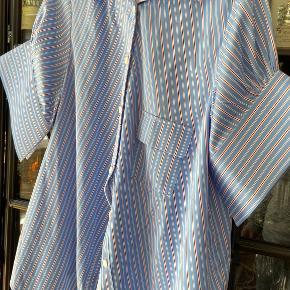 Sleek skjorte