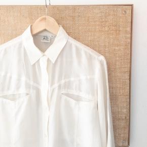 Vintage silkeskjorte. Passer op til en M