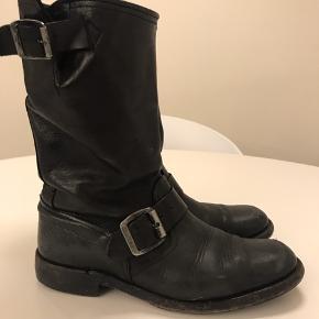 Munderingskompagniet støvler
