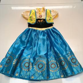 Frost, Anna kjole, aldrig brugt  Str 130, svarer til 116/122 slank model. Sendes ikke, Sønderris