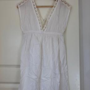 Accessorize kjole
