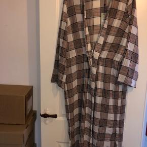 Moves by minimum kimono/kjole med snor i taljen  Str m/L