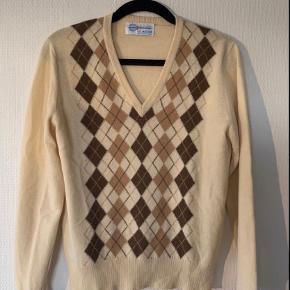 Lyle & Scott sweater