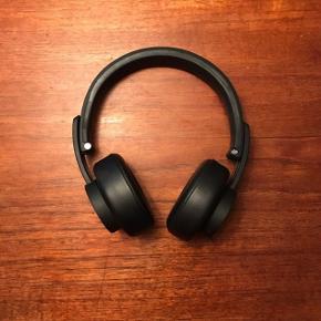 Urbanista Seattle bluetooth hovedtelefoner. Meget lidt brugt. Kasse og andet medfølger
