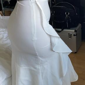 Na-kd kjole eller nederdel