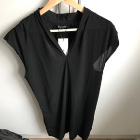 Flot sort kjole fra Soft RebelsAldrig brugt - nypris 499,-