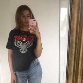 "Tshirt med ""renegade"" print"