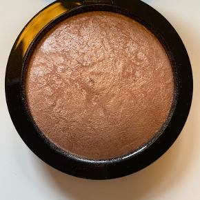 Mac mineralize skinfinish i farven Soft & Gentle. Nypris 265,-