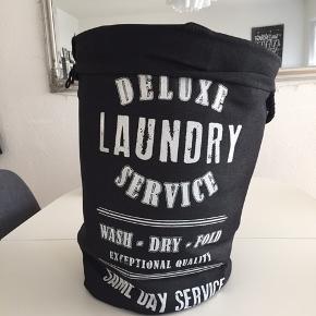 Vasketøjskurv Brugt meget lidt