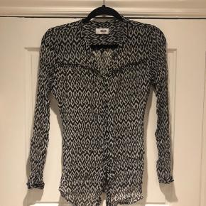 Smart skjorte fra moliin Str small. Som ny