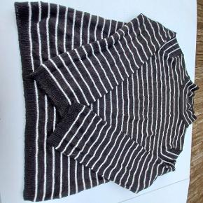 Ellos sweater