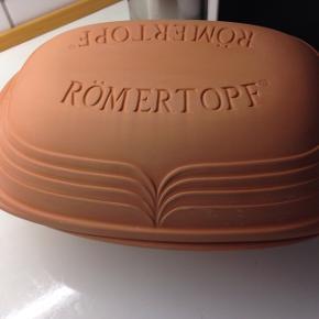 Ny Roemertopf stegeso, 2,5kg.  Aldrig brugt.