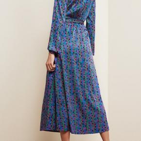 FABIENNE CHAPOT dress Never worn Size 36