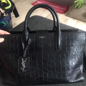 Used only for 4 months. Crocodile.  40-30-21. Original price 20.000kr . If you want more pictures ask me.  I can accept mobile pay as well.