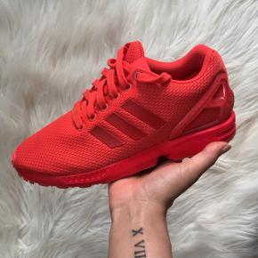 Adidas sneakers sælges. Str 38, brugt 1 gang