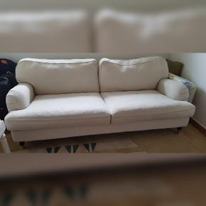 """Sofa, hør, 3 pers. , Ilva, Fin sofa fra Ilva i modellen """"Ritz"""". Hynderne kan vendes, betræk kan tages af og vaskes. Original pris 8000kr, brugt i 1,5 år...fejler intet..."""
