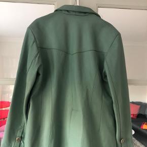 Flot læder jakke. Købt i vintage butik London. Byd