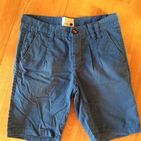 Model Nieder chino shorts Shorts Farve: Blå Oprindelig købspris: 250 kr.