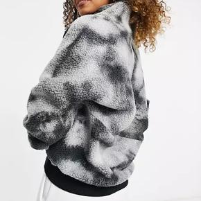 Berghaus sweater