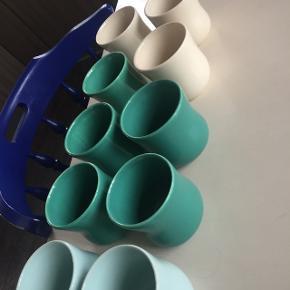 Kähler mano kop, aldrig brugt. 2 turkis, 5 grønne og 3 hvide. 10 ialt.Ny pris: 150kr stykket.