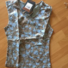 T shirt Salomon neuf