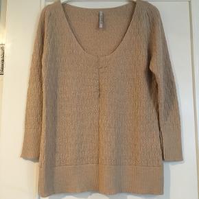 Aiayus første navn Aymara cashlama sweater