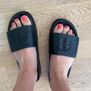 Anine Bing sandaler